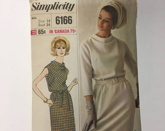 Vintage Simplicity 6166 DESIGNER FASHION DRESS Sewing Pattern 1965 Fashion Mad Men style dress