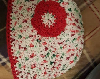 Lollie's flower beenie  Christmas colors.