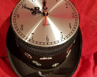 New one off steampunk top hat with fully working clock top (157)