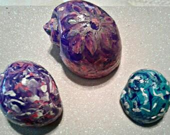 Unique Handmade Hermitcrab Shells Tie Dye Shells Non-Toxic Paint
