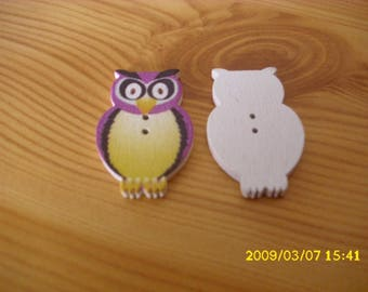 "5 ""OWL"" 3.2X2 cm purple button"