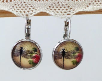 Glass cabochon and Dragonfly motif earrings