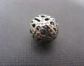 5 antique silver filigree round beads 12 mm
