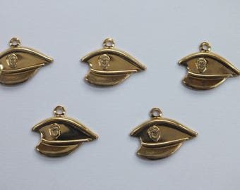 LOT 5 METALS CHARMS Gold: Hat of officer 16mm