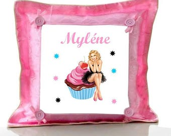 Cushion Pink Cupcake personalized with name