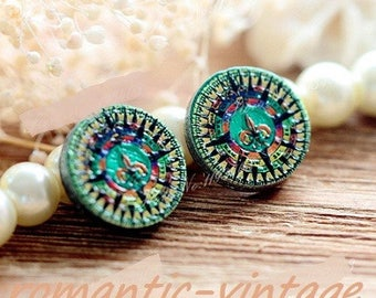 2 gorgeous wooden painted embossed 16mm cabochons