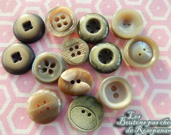 vintage shades of grey - 1.5-1.8 cm diameter - set of buttons for sewing books 13 buttons