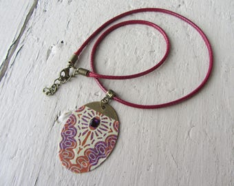 Oval Pendant Necklace ethnic bronze, arabesques, Rhinestones, purple, red and Burgundy paper