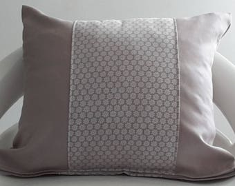 30 x 35 cm grey and taupe pillow cover