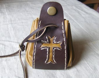 Purse medieval leather camel Brown hand-stitched
