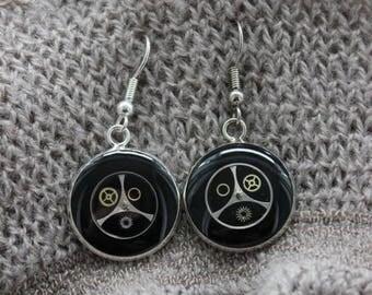 Earrings 2 cm in resin and gears Steampunk earrings