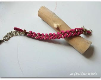 Chain and fuchsia suede braided bracelet