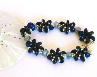 Jet Azuro rosette bracelet