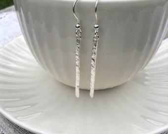 Minimalist earrings, silver earrings, drop earrings, hammered earrings, dangle earrings, gift for her, everyday earrings, long drop earrings