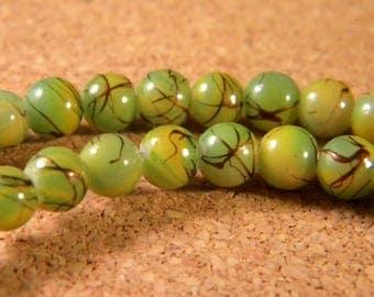 glass 6 mm Green speckled black - PE92 trefilee 20 beads
