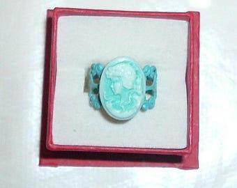 Very pretty ring camai blue