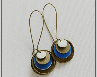 Earrings bronze and enamel blue and white