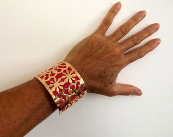 Cuff Golden arabesque style enyojable gift idea for her