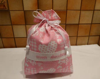 My blanket in shades of pink and white - my little heart embroidered bag
