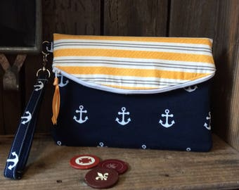 Nautical foldover clutch
