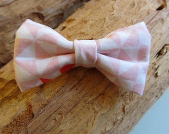 Hair clip bow pink triangle