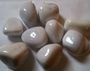 approximately 4.5 cm 1 rolled white Jasper stone