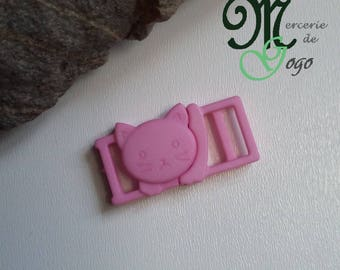 "Pink clip shape ""cat"" quick release plastic buckle."