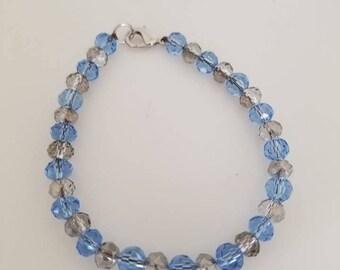 beaded jewelry / bracelet / jewelry / beaded bracelet / women's bracelet / women's jewelry / gifts for her / gift  / blue bead bracelet