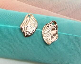 Set of 2 wavy leaf charms Rose Gold Metal - 10 mm
