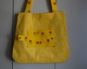 Foldable bag, tote bag, reversible tote bag