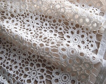 Pure off-white 108 cm cotton guipure lace fabric