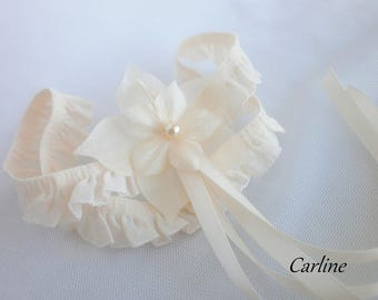 Bridal garter ivory silk satin ribbon ivory lace flowers