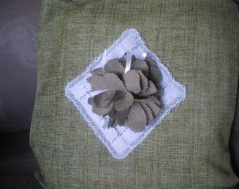 Green Velvet Cushion cover and big flower taupe