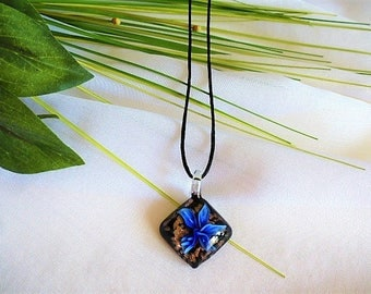 Pendant Necklace blue flower Murano style 3-d diamond mounted on silk cord