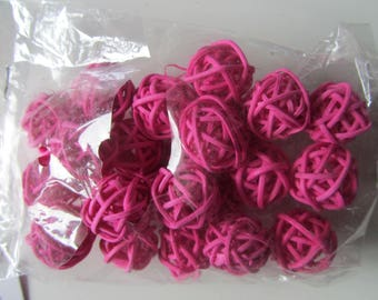 bag of 24 balls Wicker in shades of fuchsia for decoration