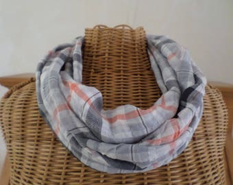 snood in shades of gray and orange Plaid