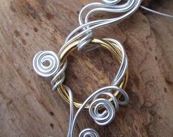 Crew neck, aluminum Silver Gold Ring pendant