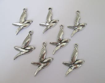 7 breloque oiseau hirondelle 31 x 21 mm en métal argenté
