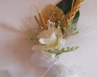 Brown and white color wedding boutonniere