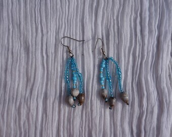 earrings with tropical seeds and seed beads