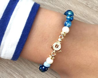 Bracelet with blue agate and still with Swarovski crystals