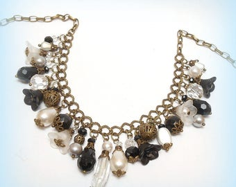 """""""Light grey"""" charms beads necklace"""