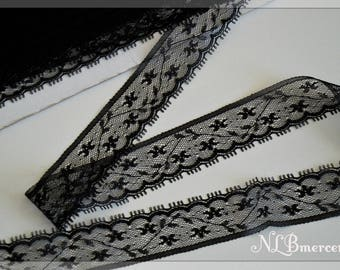 Ribbon 25 mm wide black guipure lace