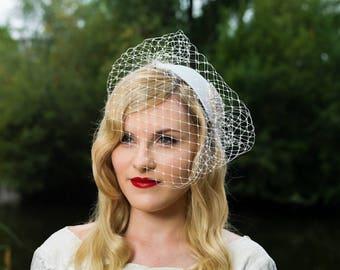 Bridal fascinator, bridal accessories, bridal headpiece, vintage headpiece