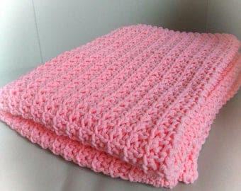 Salmon baby blanket crocheted.