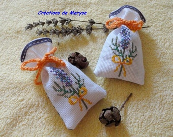 "2 sachets of lavender embroidered ""strand of lavender"" + 1 women's gift"