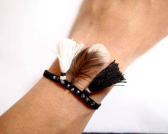 Feather bracelet, Black Suede and black and white tassel