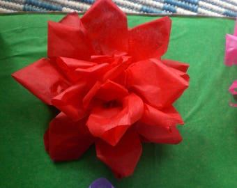 10 tissue paper roses