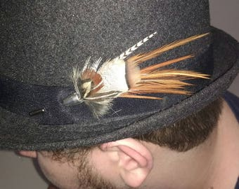 brooch fisherman hat to fly, or natural feather Hat