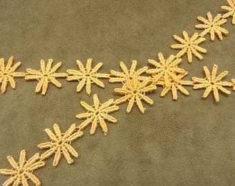 ORANGE embroidered ribbon flowers - 2 cm-